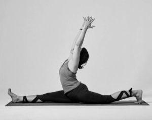 Laura-Casini-pratica-intermedia-anusara-yoga